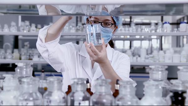 """科技创新型化妆品加工工厂, 一家用心""""智""""造的企业-远大美业"""